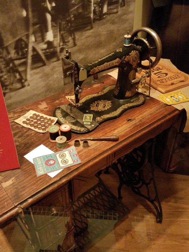VancouverMuseum-SewingMach
